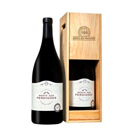 Monte dos Perdigões, vinho tinto vinhas velhas, Alentejo, garrafa magnum de 3 litros com caixa de madeira.